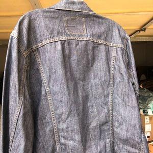 Levi's Jackets & Coats - Women's Levi's denim jacket
